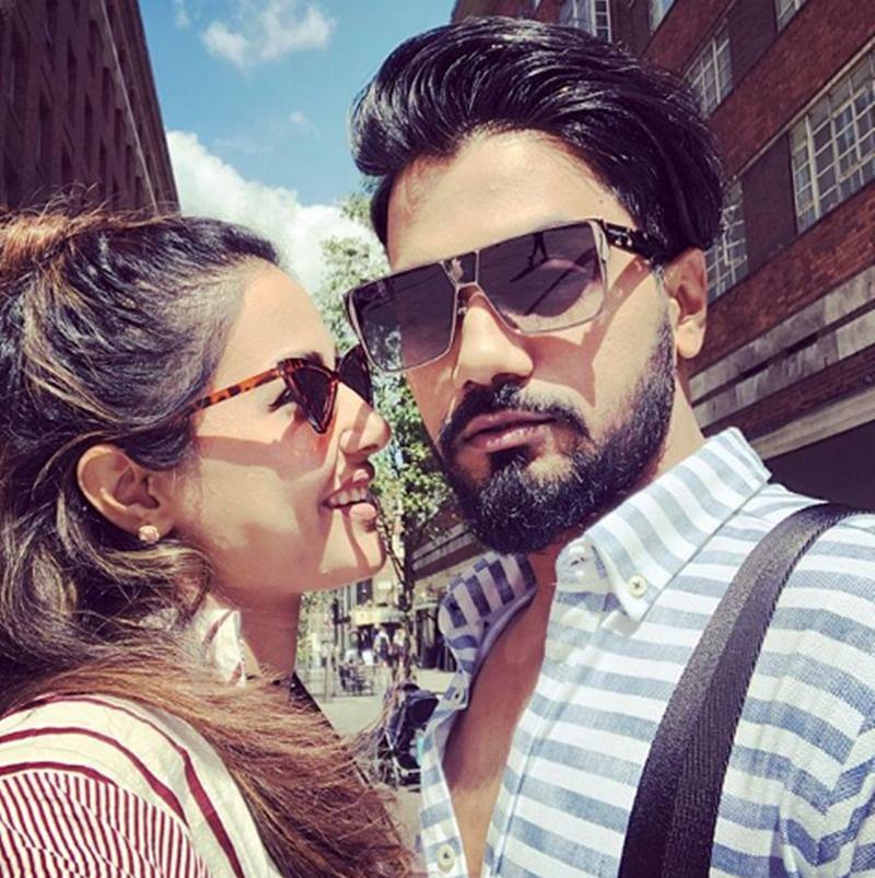 Popular TV actress Hina Khan and beau Rocky Jaiswal enjoy fashionable London holiday; see pics