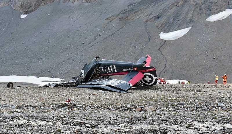 World War II vintage plane crash kills 20