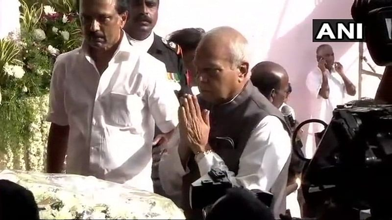 Karunanidhi passes away: TN Governor, CM Palaniswami, Deputy CM pay last respects to Karunanidhi