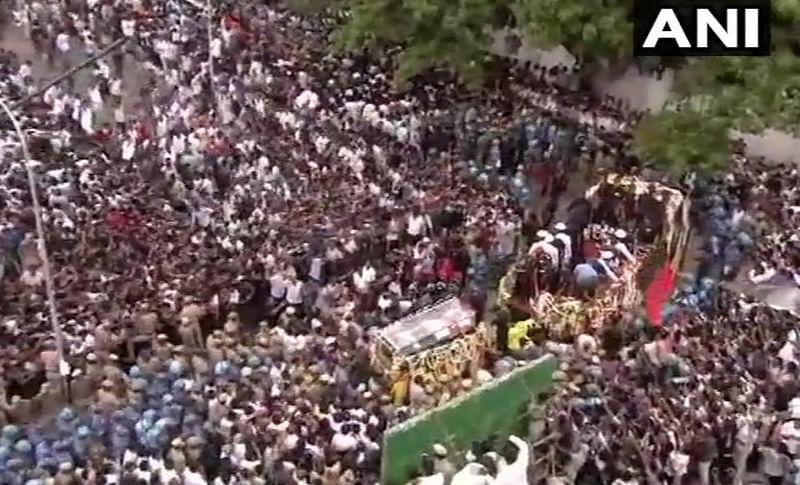Karunanidhi funeral: Late DMK chief's final journey begins