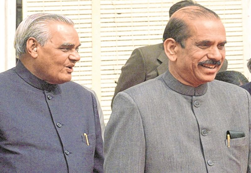 Manohar Joshi credits late Atal Bihari Vajpayee for making him CM of Maharashtra, angers Shiv Sainiks