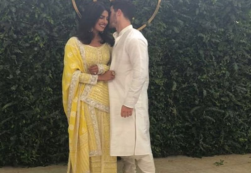 Priyanka Chopra-Nick Jonas 'Engagement' Ceremony: Parineeti Chopra and other celebs arrive at Priyanka's residence
