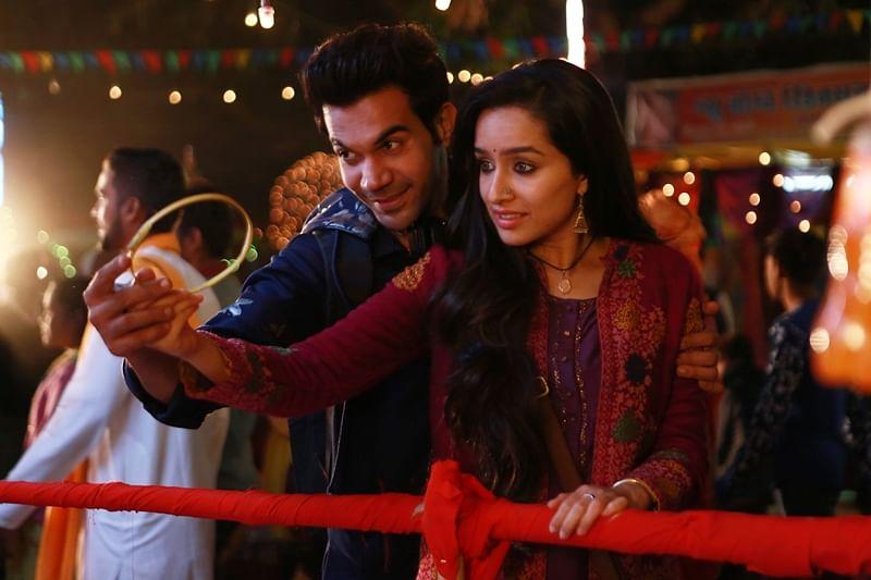 Stree song Nazar Na Lag Jaaye: Shraddha Kapoor and Rajkummar Rao take a romatic tour of Chanderi; Watch now
