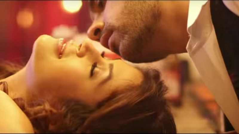 Love Me Teaser: Check out Bigg Boss 11 lovebirds Puneesh Sharma and Bandgi Kalra's sizzling chemistry