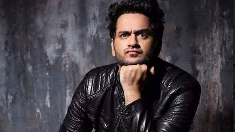 Bigg Boss 11 contestant Vikas Gupta lashes out at Sreesanth, Dipika and others for mocking Rohit Suchanti's sexuality
