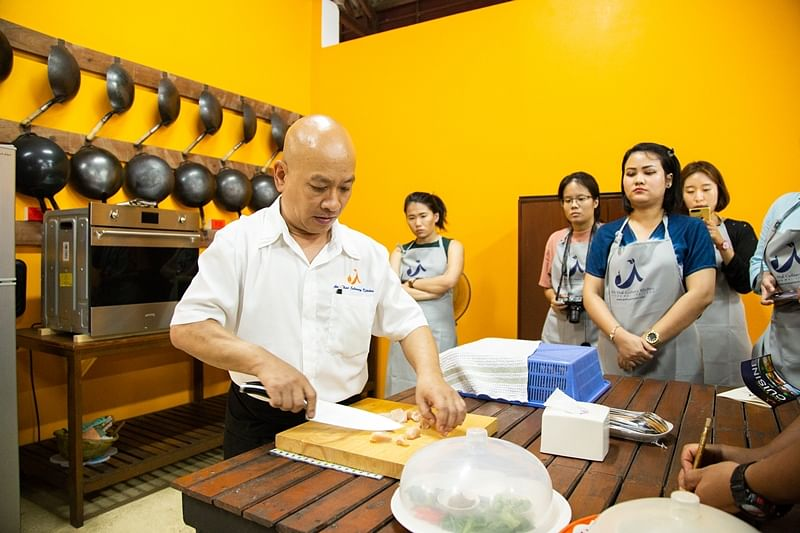 Cookery class on classic Thai dishes