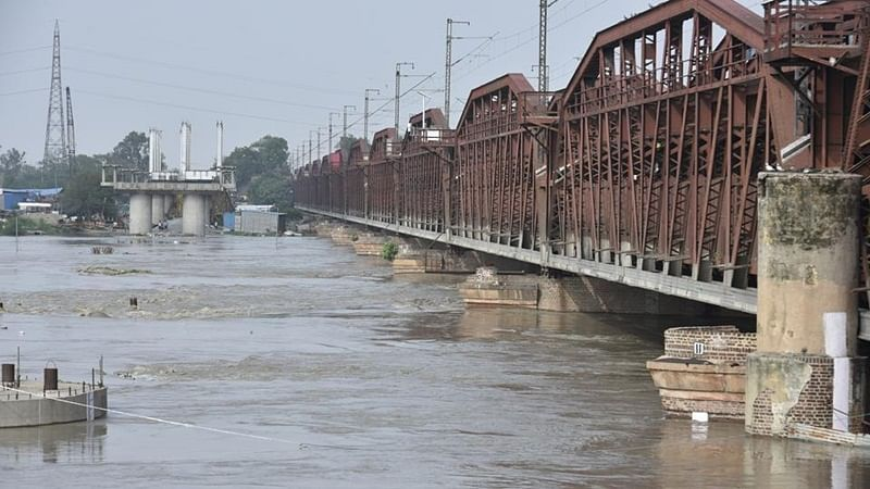 After days of flooding, Yamuna water level recedes in Delhi