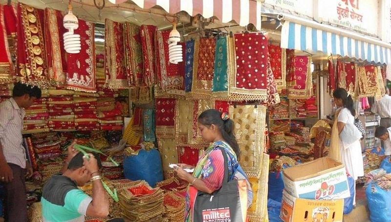 National Handloom Day 2018: 8 Mumbai markets for fabrics on a budget!
