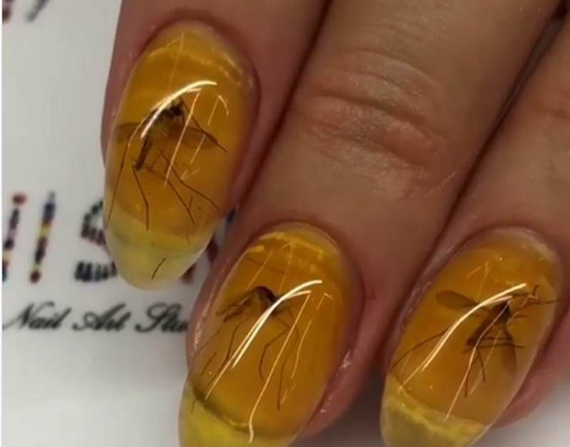 Video! Bizzare nail art is the latest trend