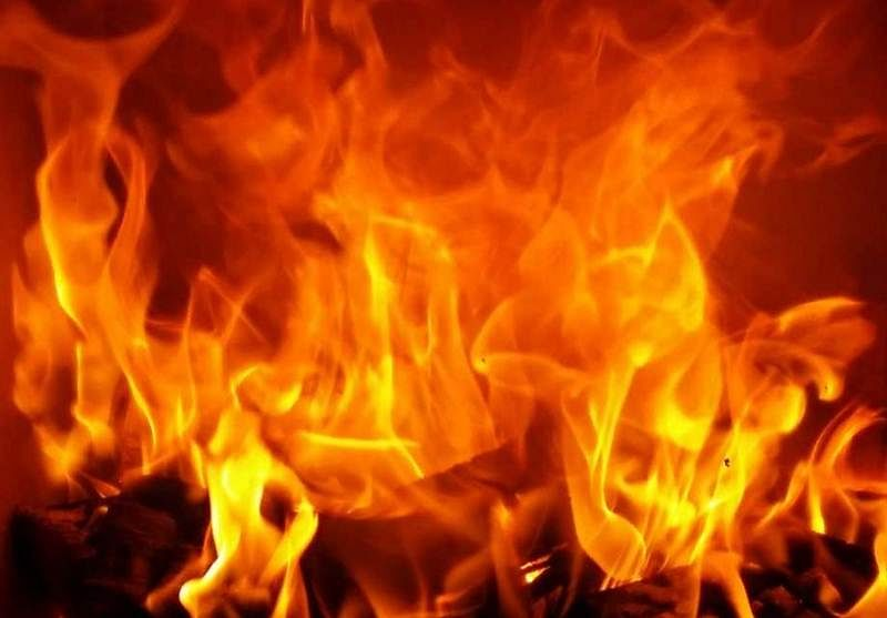 Maharashtra: Woman, set on fire by mother's lover, dies