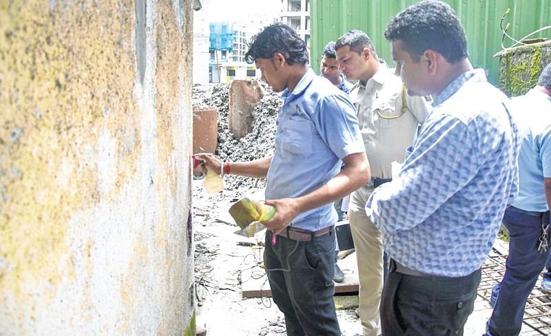 FIR filed against builder for damage to adjacent buildings