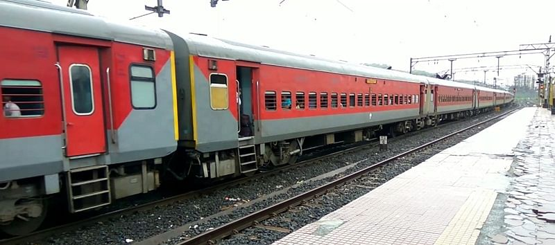 Burhanpur: Wait for Pathankot Express train ends, will reach Khandwa on  April 11