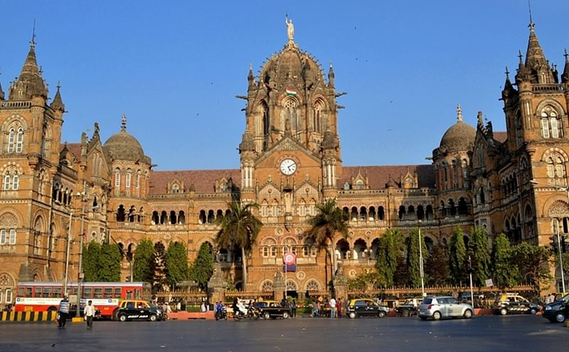 Mumbai: CSMT to turn into no hawking, no crime and no begging zone