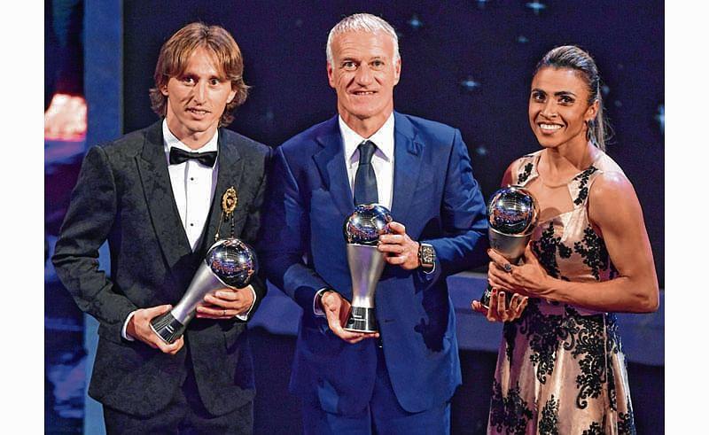 France's coach Didier Deschamps (C), winner of the Best FIFA Men's Coach of 2018 Award