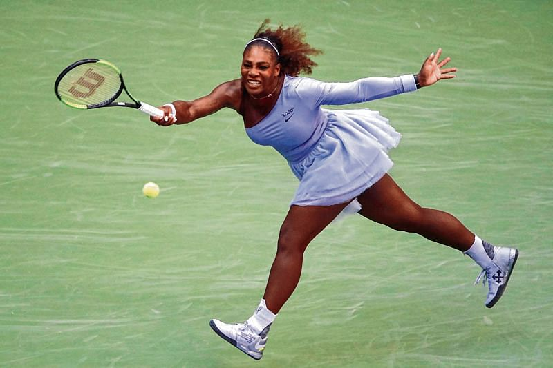 NEW YORK, NY - SEPTEMBER 02: Serena Williams of The United States returns the ball during her women's singles fourth round match against Kaia Kanepi of Estonia on Day Seven of the 2018 US Open at the USTA Billie Jean King National Tennis Center on September 2, 2018 in the Flushing neighborhood of the Queens borough of New York City.   Julian Finney/Getty Images/AFP == FOR NEWSPAPERS, INTERNET, TELCOS & TELEVISION USE ONLY ==