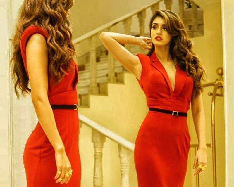'Bharat' actress Disha Patani looks red hot in stunning gown; See pics