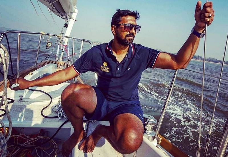 Read how stranded and injured Indian Navy Commander Abhilash Tomy was rescued from Indian Ocean