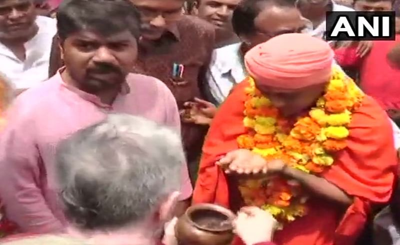 2007 Ajmer blast convict Bhavesh Patel released on bail gets hero's welcome in Gujarat