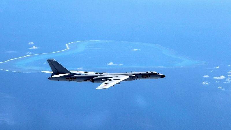 US bombers fly near South China Sea