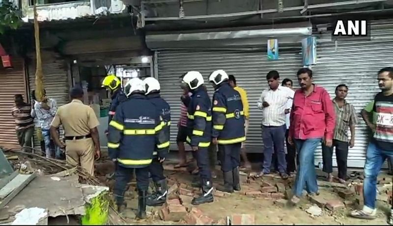 Mumbai: Railway compound wall collapses in Kurla, 4 injured