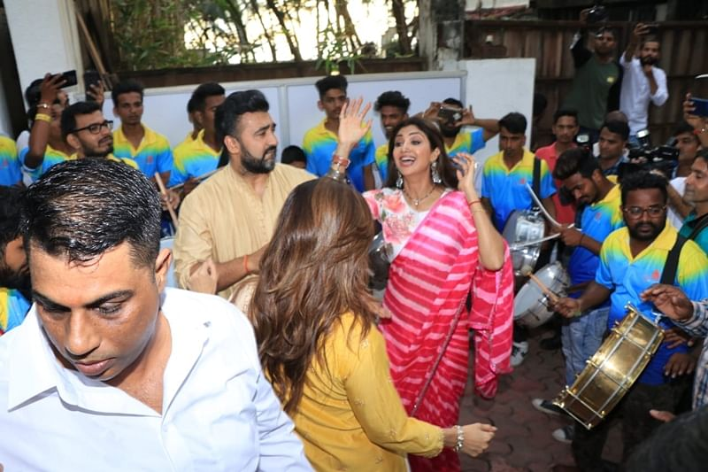 Shilpa Shetty, Raj Kundra. Photo by Viral Bhayani