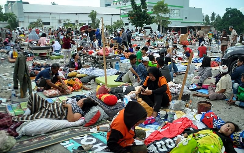 92 held for looting after tsunami in Indonesia