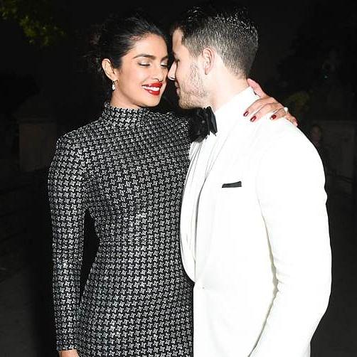 Priyanka Chopra is 'dreaming of a boat on an island' with her 'guy' Nick Jonas