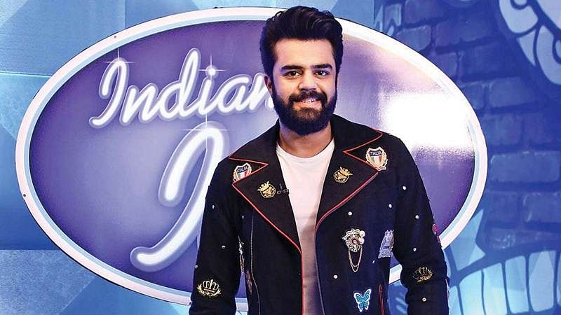 Maniesh Paul earns Rs 2100 on sets of Indian Idol 10; find out how