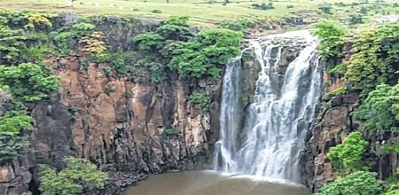 Indore: Offering succour to parched city, WRD to verify IMC's Tinccha Falls claim