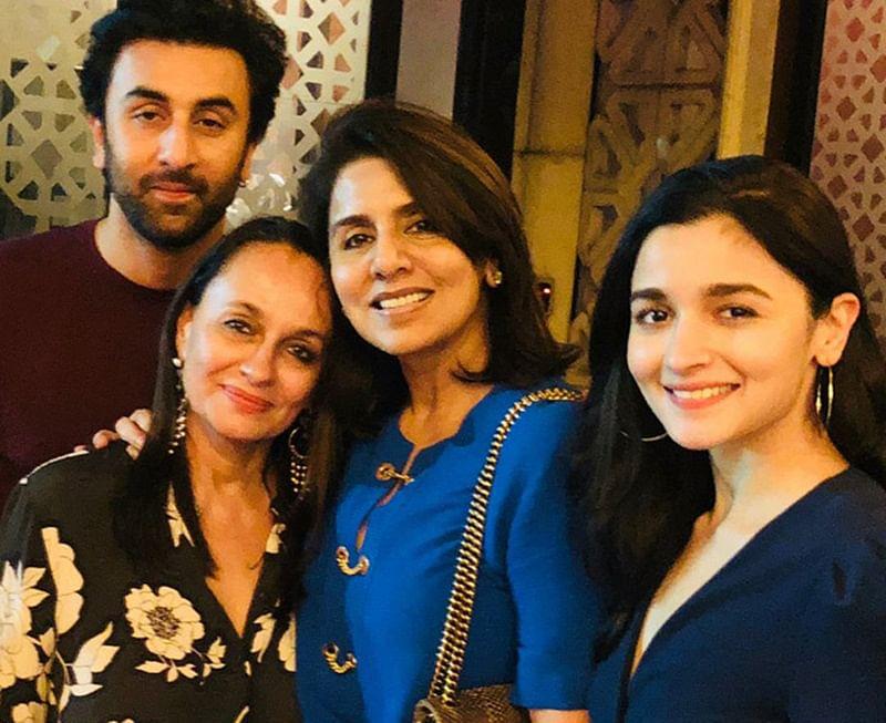 Ranbir Kapoor, Alia Bhatt's intimate dinner date with their moms Neetu Kapoor and Soni Razdan; see pic