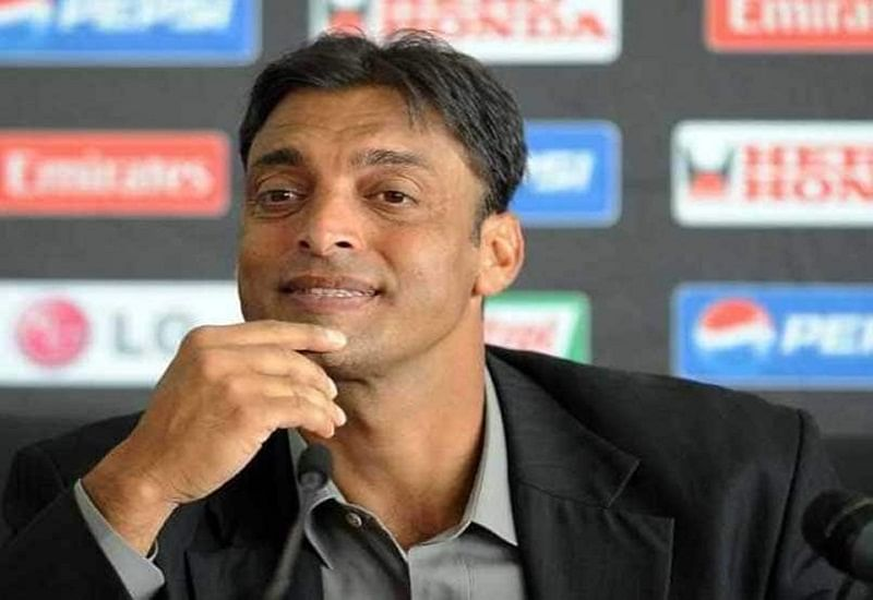 Shoaib Akhtar lashes out at AB De Villiers