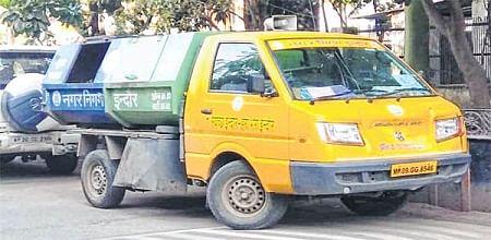 Indore: Senior citizen taking morning walk hit by garbage vehicle, dies