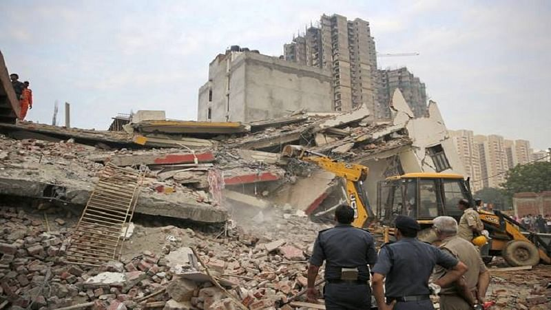 Mumbai: One killed, senior citizen injured in Kurla house collapse