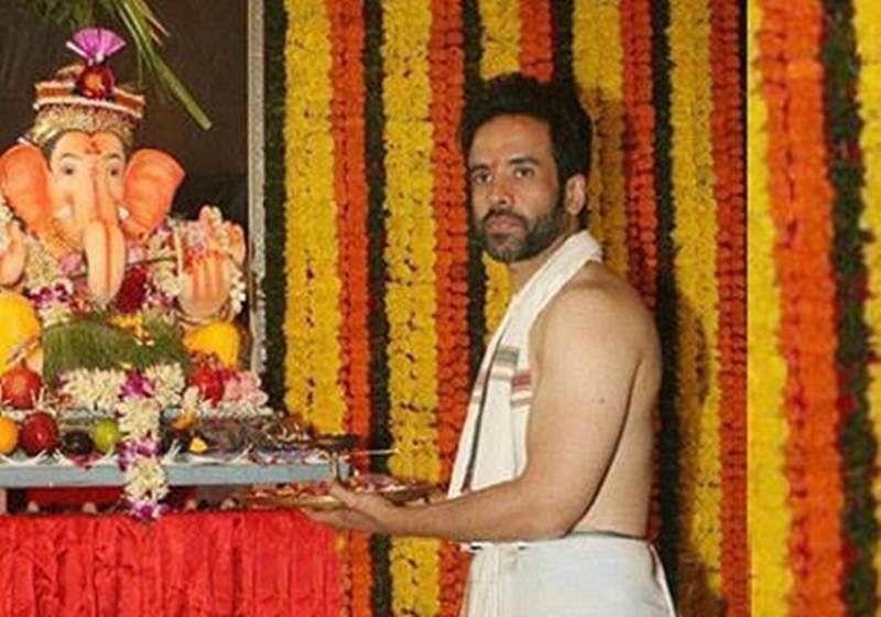 Ganesh Chaturthi 2018: Tusshar Kapoor to Divyanka Tripathi, how celebs welcome Bappa in their homes