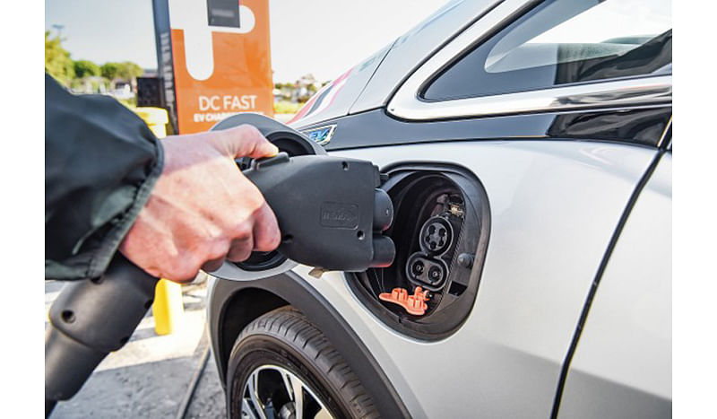 Govt hinges on EVs to curb soaring fuel bill