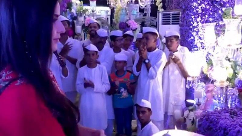 Watch video: Katrina Kaif does aarti at Salman Khan's Ganpati Celebrations