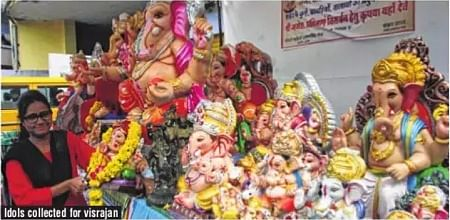 Indore: It was Sun-Day on Bappa immersion day