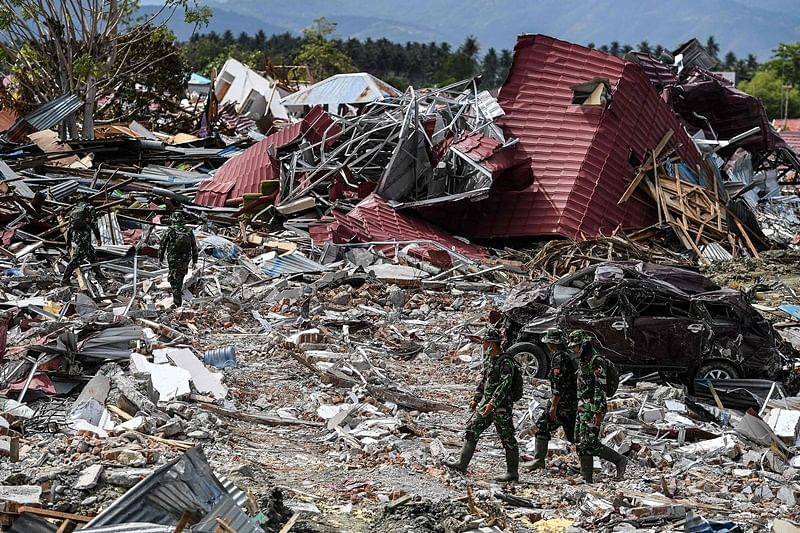 Indonesia earthquake: More bodies found as death toll nears 2000