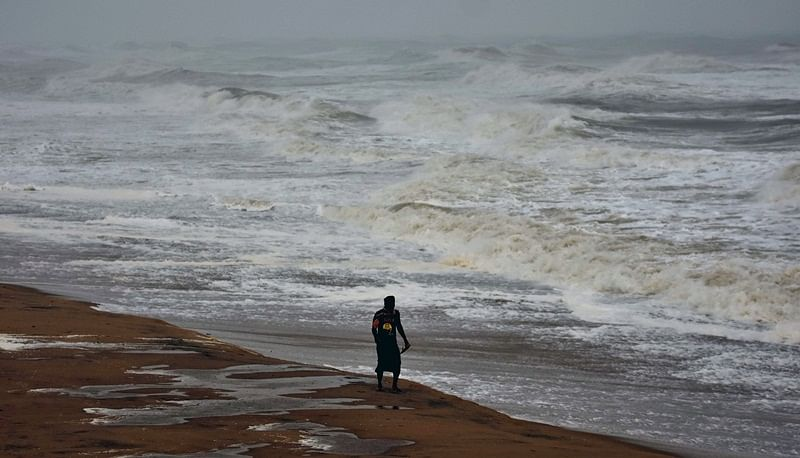 Cyclone Titli: 9 dead as cyclonic storm batters Andhra Pradesh, Odisha