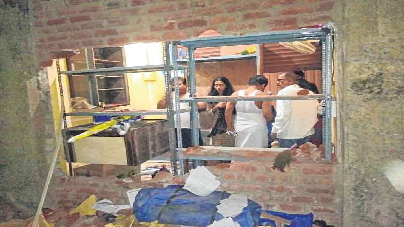 Mumbai: Robbers loot goods worth Rs. 20 lakh from shops at Bhandup