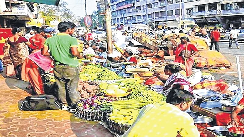 Mumbai: BMC approves over 10,000 hawking pitches across city
