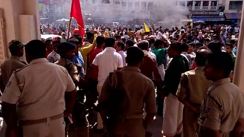 9 policemen injured after violence during bandh over queue system in Puri's Jagannath Temple