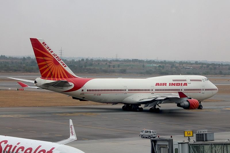 Govt eyes about USD 1 bn from Air India sale
