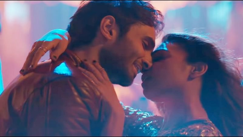 'Baazaar' song La La La out! Rohan Mehra, Radhika Apte's chemistry stands out in this party number