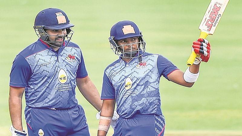 Mumbai crush Hyderabad challenge to book final spot