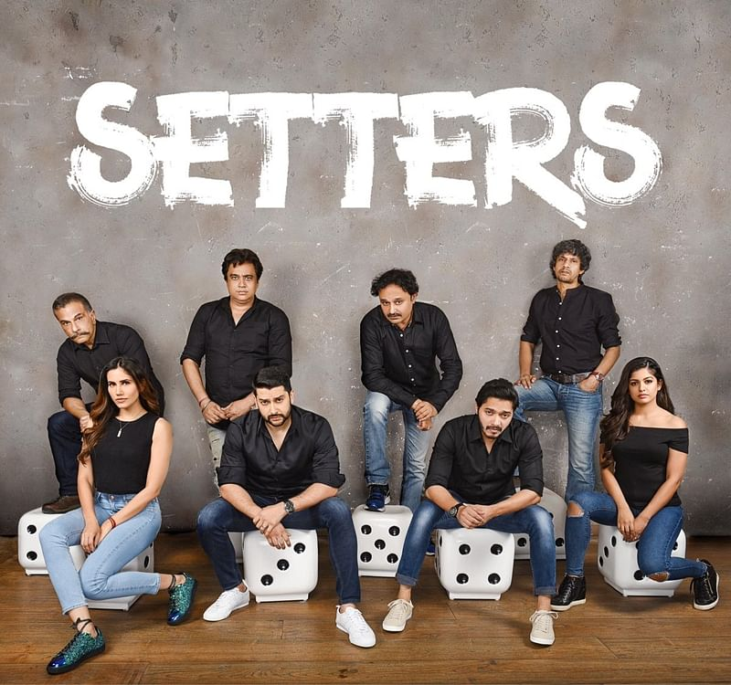 'Setters' First Look! Shreyas Talpade, Aftab Shivdasani, Ishita Dutta, Sonnalli Seygall in black and dicey avatars