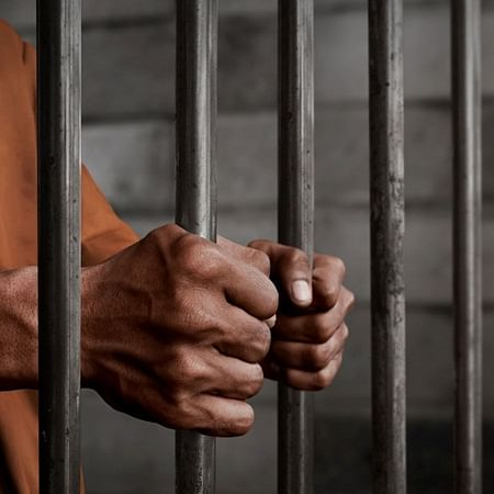 4 arrested for robbing electronic shop in Panvel