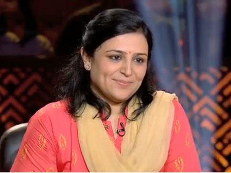 KBC 10: Crorepati Binita Jain gifts world's most expensive tea to Amitabh Bachchan