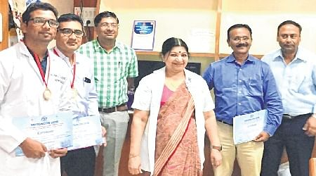 Indore: Two docs win gold medals for research work