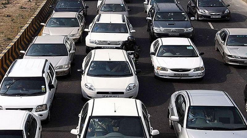 Passenger vehicles sales growth hits slow lane